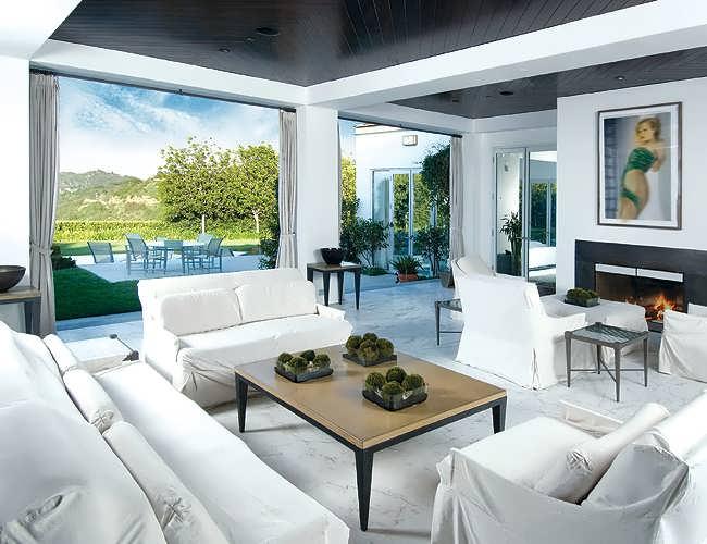 Celebrity House Design_kim_kardashian_axel_vervoordt_dakota_johnson_interior_designer_axel_vervoordt_kardashian_ Home Design Celebrity House Design