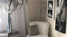 Marilyn Monroe Living Room_wall_unit_side_table_comfy_chairs_ Home Design Marilyn Monroe Living Room